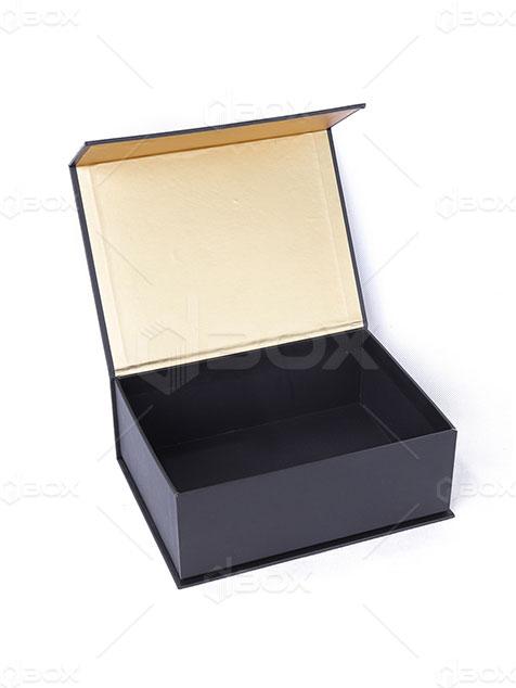 جعبه سخت مگنتی